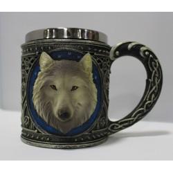 Taza de lobo marrón